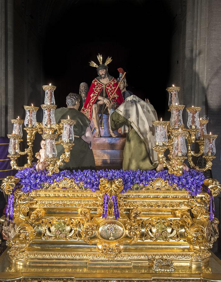 Presidencia de la sexta estación del solemne Vía Crucis extraordinario