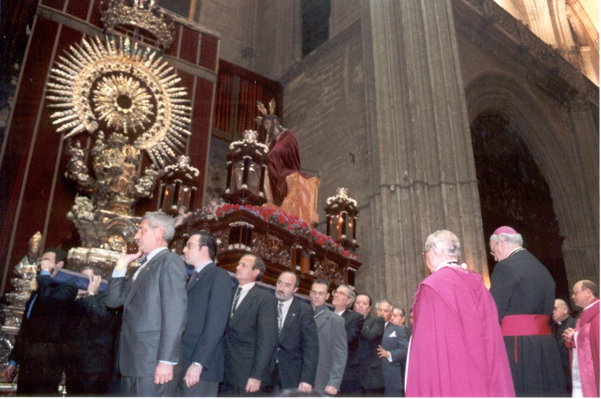 Presidencia en el Vía Crucis de las Hermandades de Sevilla