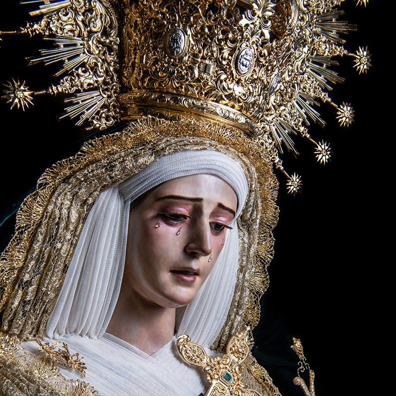 Restauración de la imagen de María